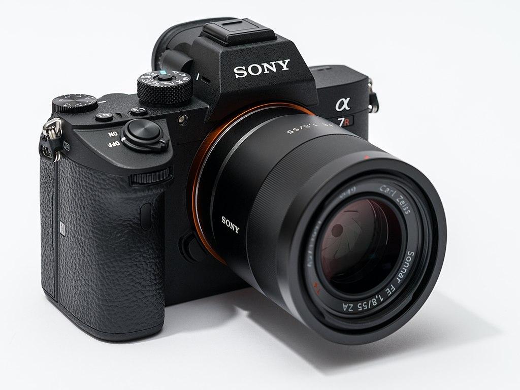 a sony mirrorless camera